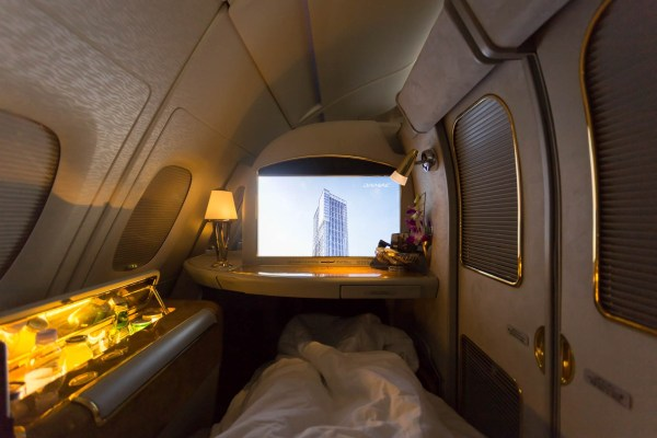 Emirates First Class - The Pinnacle of 'Luxury in the Skies'