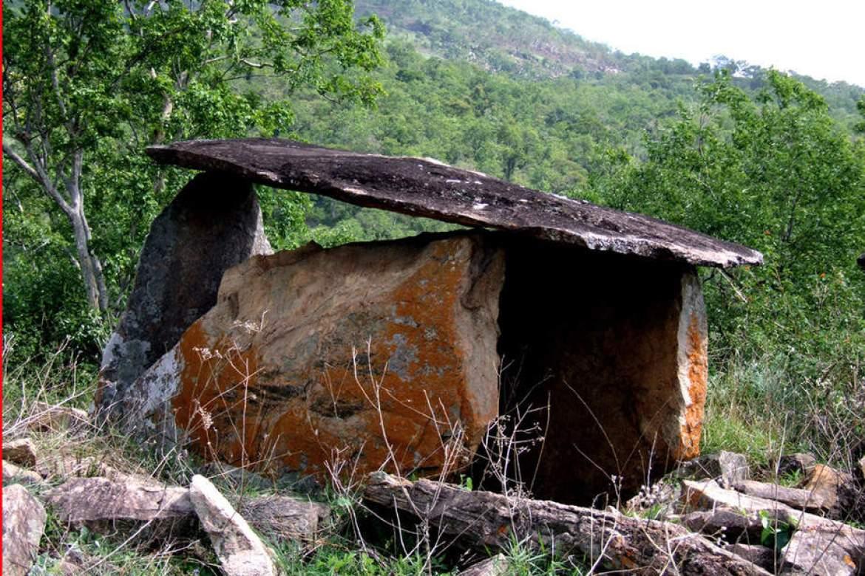 marayoor-dolmenoids_0102