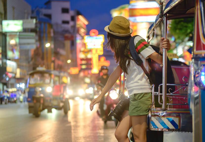 backpacking tuktuk
