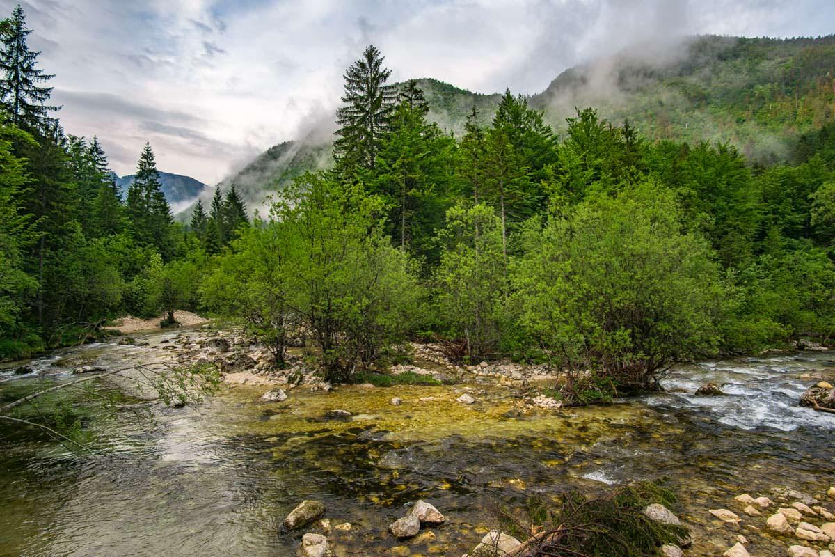 Wanderung entlang der Mostnica im Nationalpark Triglav
