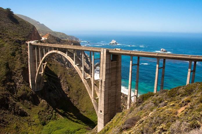 Drive along California's beautiful Pacific Coast Highway