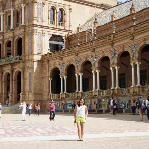 What Is It Like To Teach English in Spain? – 17 Of The Most Frequent Questions Answered!