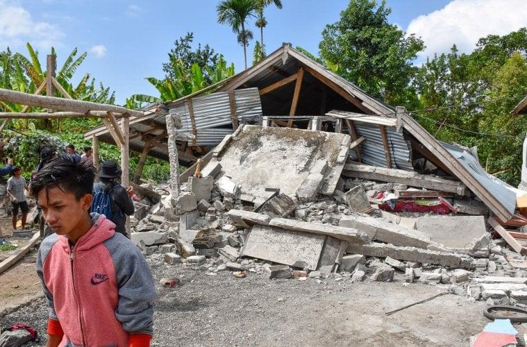 32 Dead After 7.0 Lombok Earthquake Hits Island Near Bali