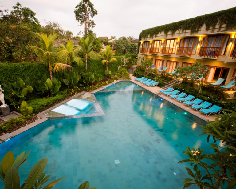Ubud Wana Resort pool access