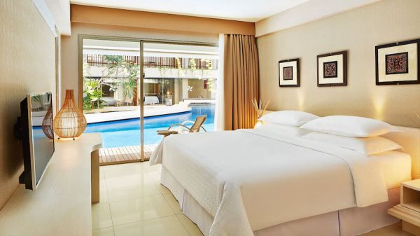 Deluxe Pool Access Room Four Points Kuta