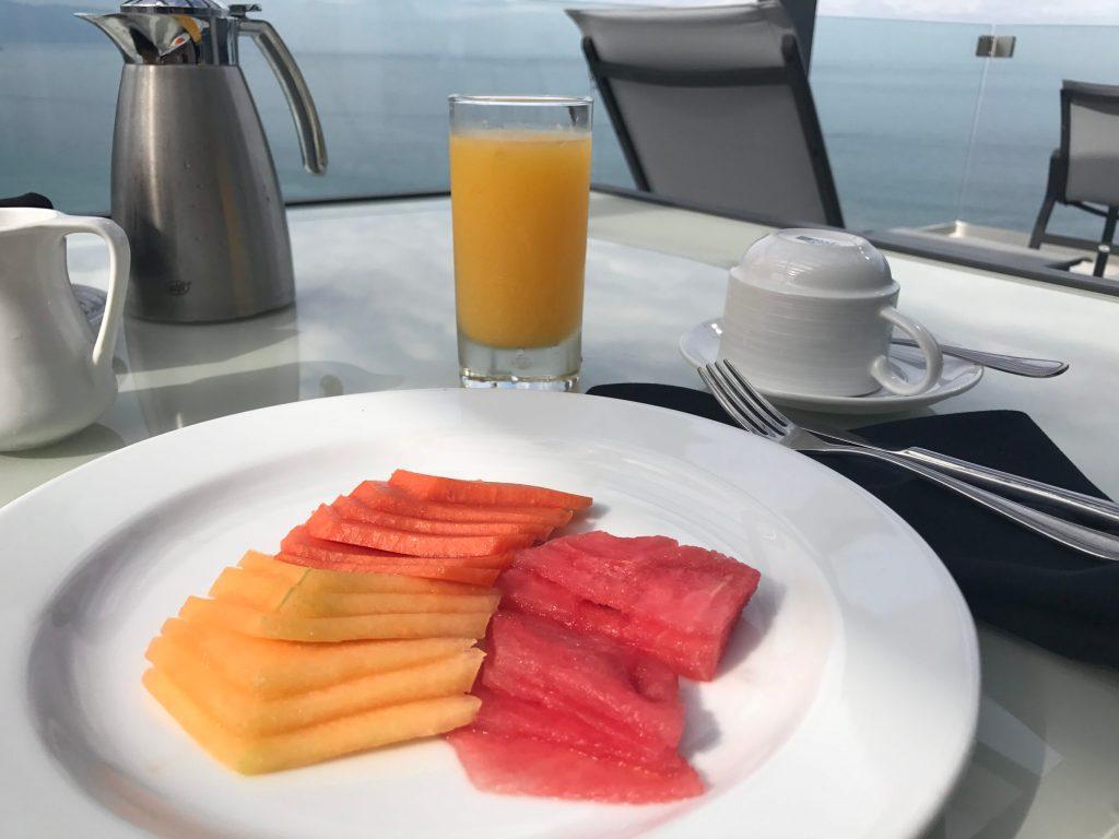 grand fiesta americana breakfast fruit