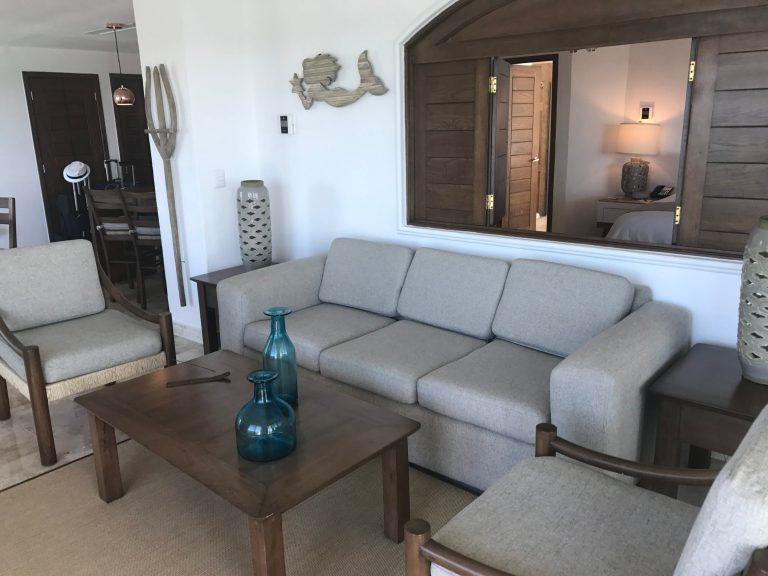Master Suite Living Room Villa Premiere