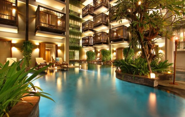Oasis Lagoon Sanur Pool access rooms