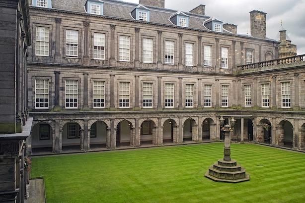 palace of holyroodhouse - best of edinburgh scotland itinerary