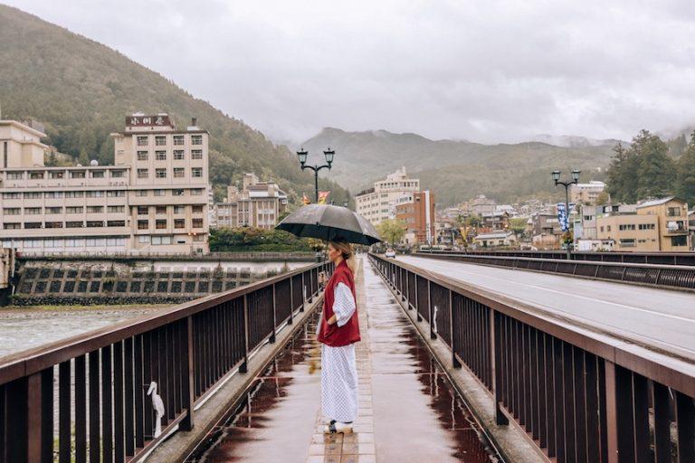 Kashlee in Yukata Robes Japanese Ryoken