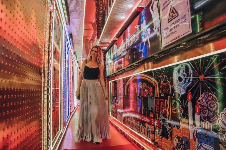 Robot Restaurant Tokyo Tips