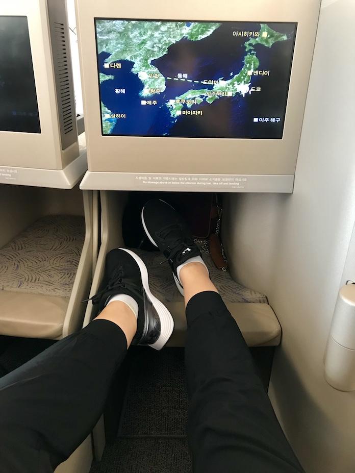Lie Flat Seats on Asiana a380 business class