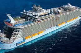 Cruise Nightmare Virus Outbreak - 6100 Passengers Getting a Refund