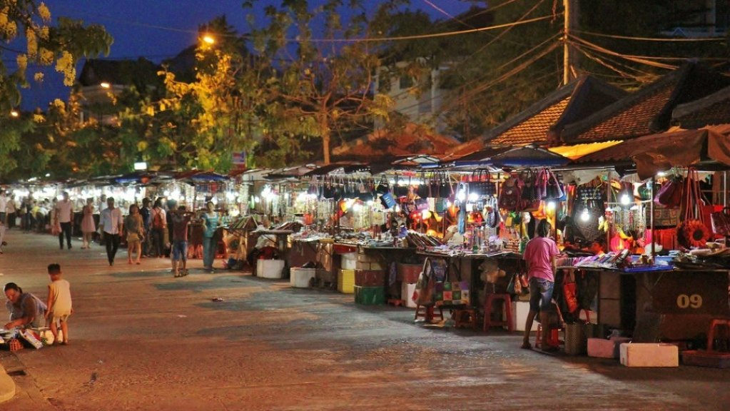 Things to do in Hoi An Night Market