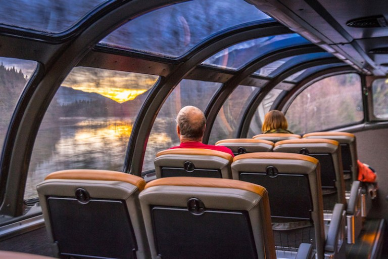 book a train journey on via rail from toronto to vancouver