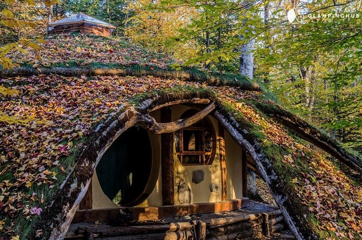 glamping in quebec - rent a hobbit hole hotel in canada