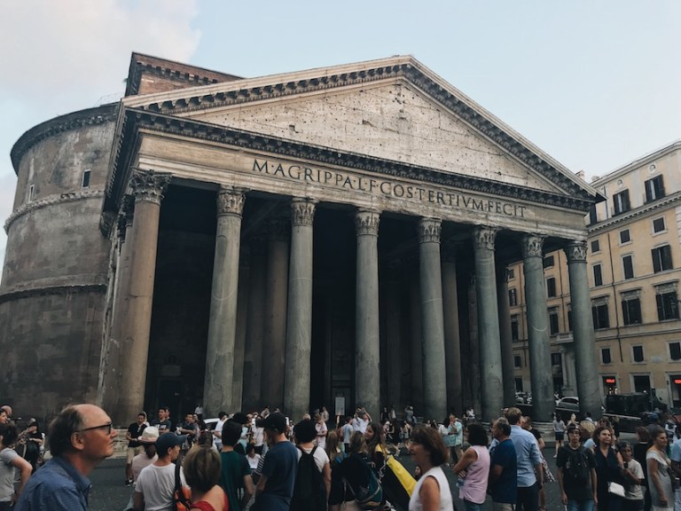 The Pantheon - ways to see rome for cheap