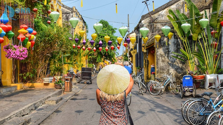 the cheapest way to get from Da Nang airport to Hoi An