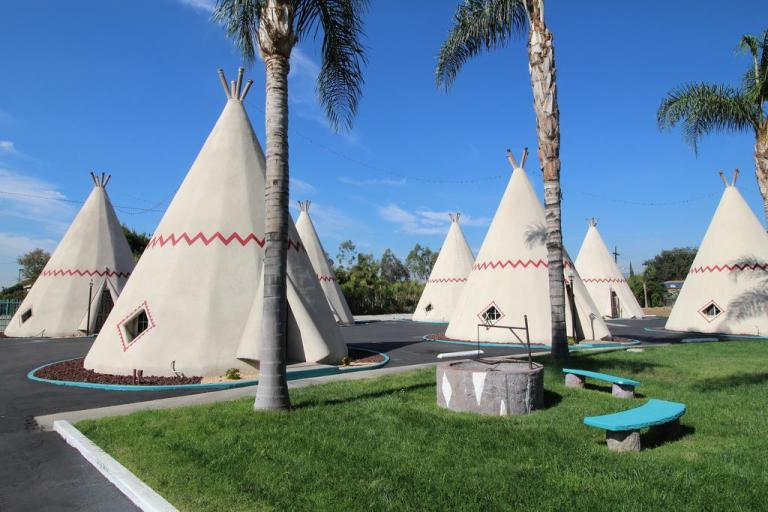 wigwam motel - unique hotels on route 66