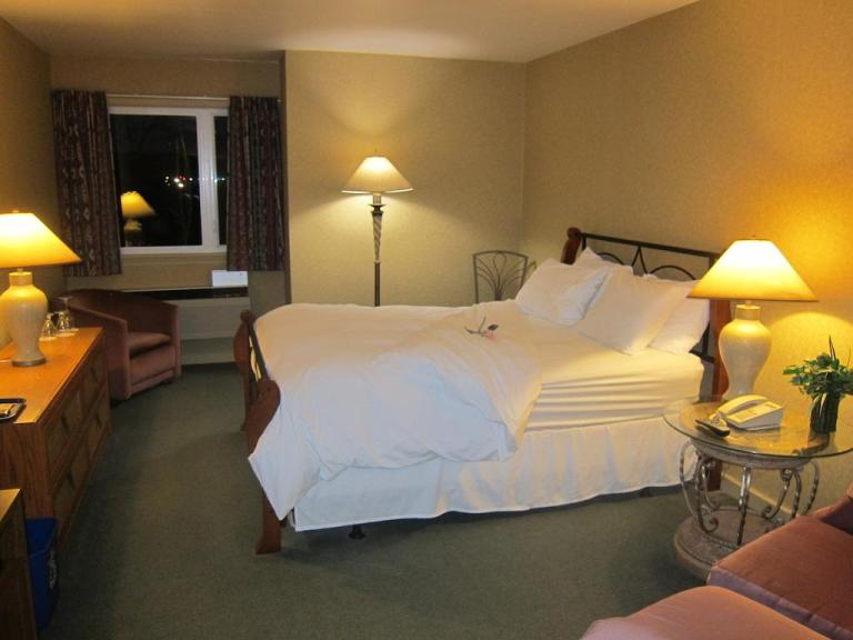 The Annapolis Royal Inn Hotel