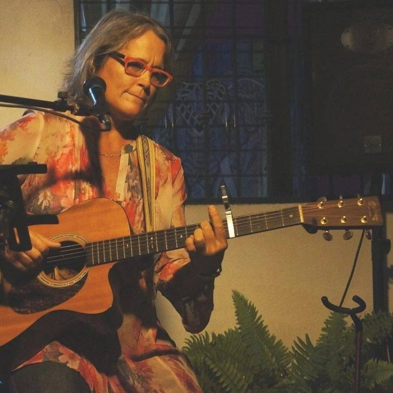 Cheryl Gaudet mazatlán comedy club