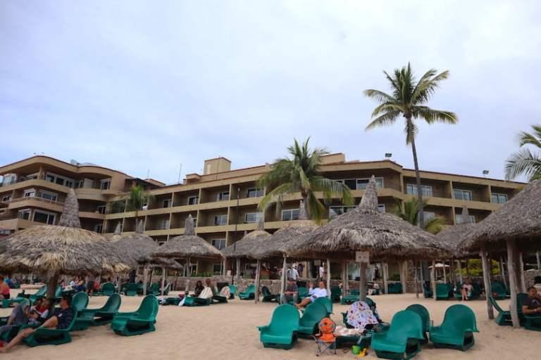 the playa mazatlan is a low rise hotel