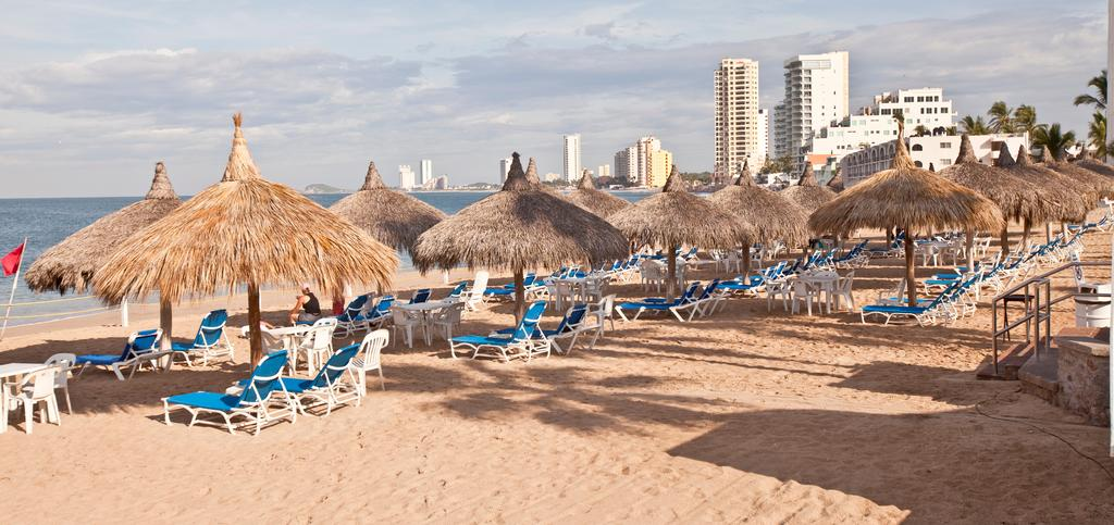 beach at el cid marina hotel mazatlan