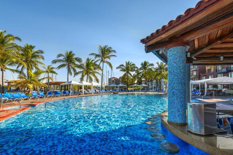 day pass to the pool at el cid marina mazatlan