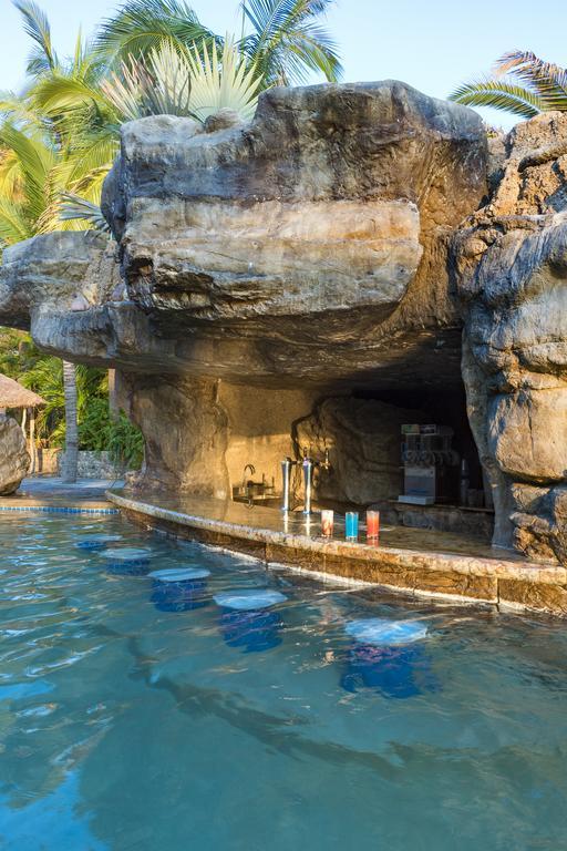 swim up bar at playa mazatlan hotel