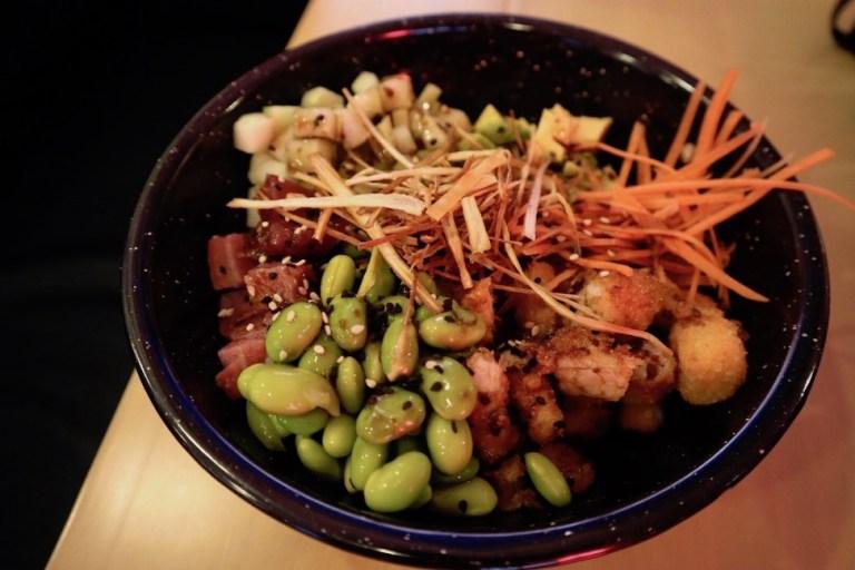 moderate cost of food at restaurants in mazatlan