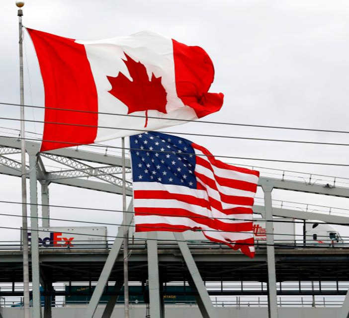 Usa Canada border crossing