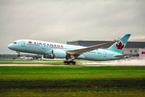 coronavirus cancellation policy canadian airlines