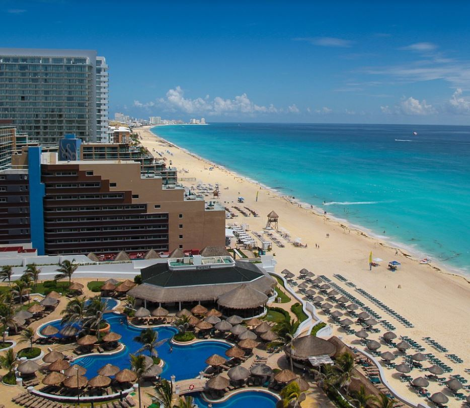 cancun hotels on the beach