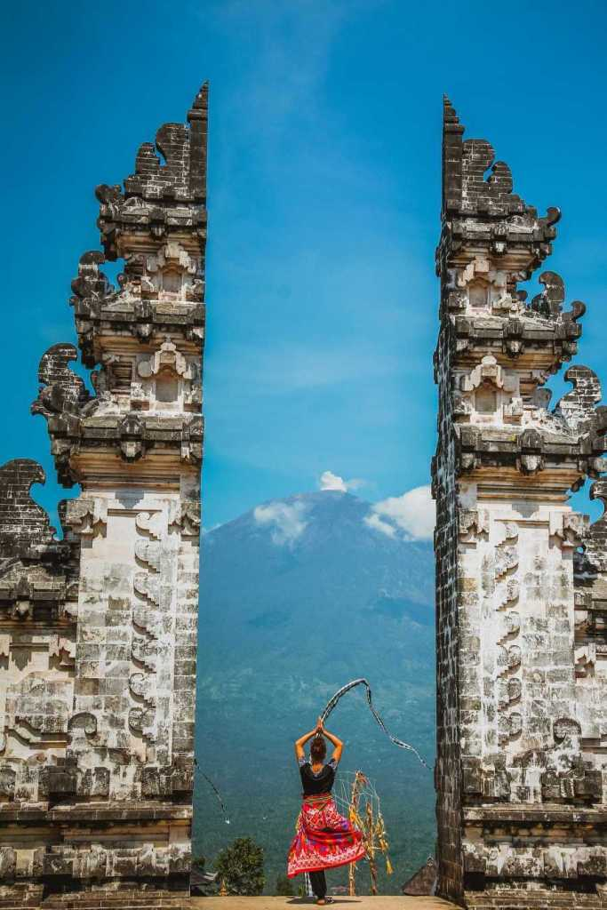 Woman-At-Bali-Tourist-attraction