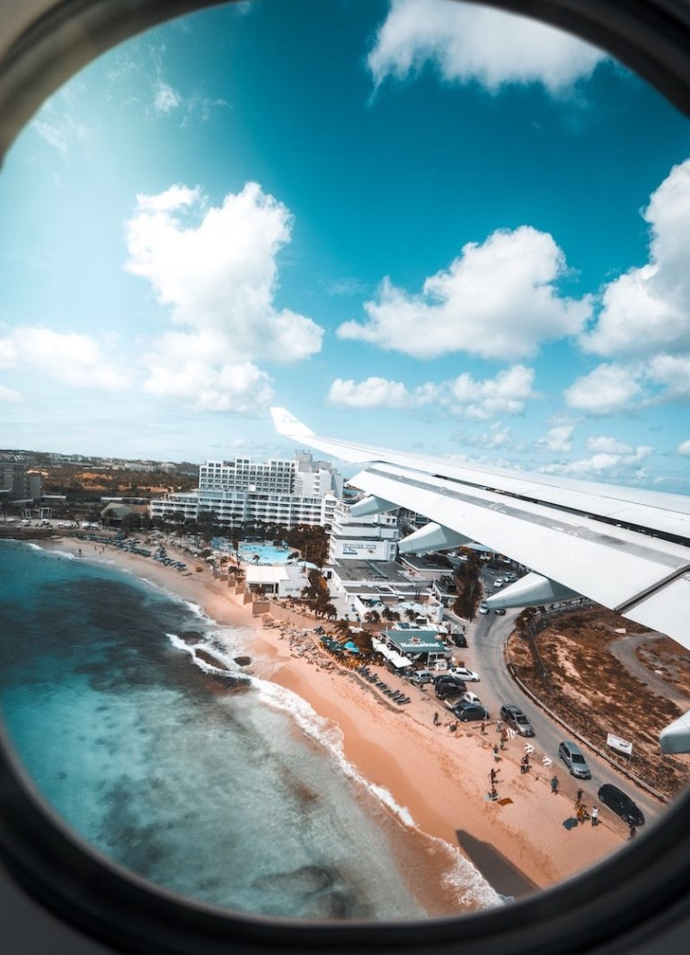 st maarten reopen tourists