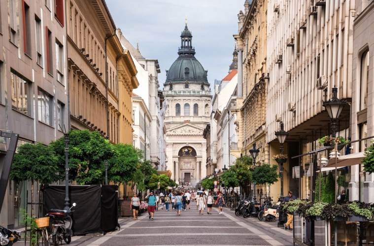 Hungary Closes For All International Tourists on September 1