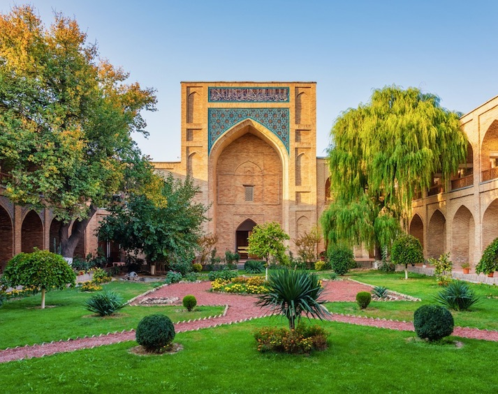 Uzbekistan opens borders tourism