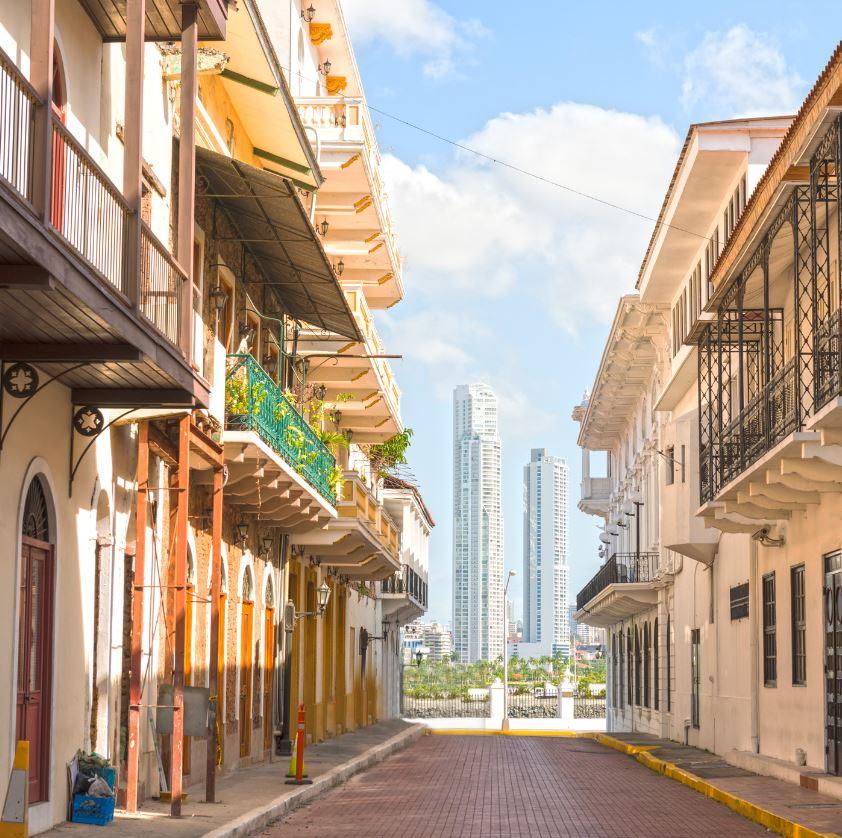 C:\Users\coach\Desktop\Casco Viejo street in an old part of Panama City