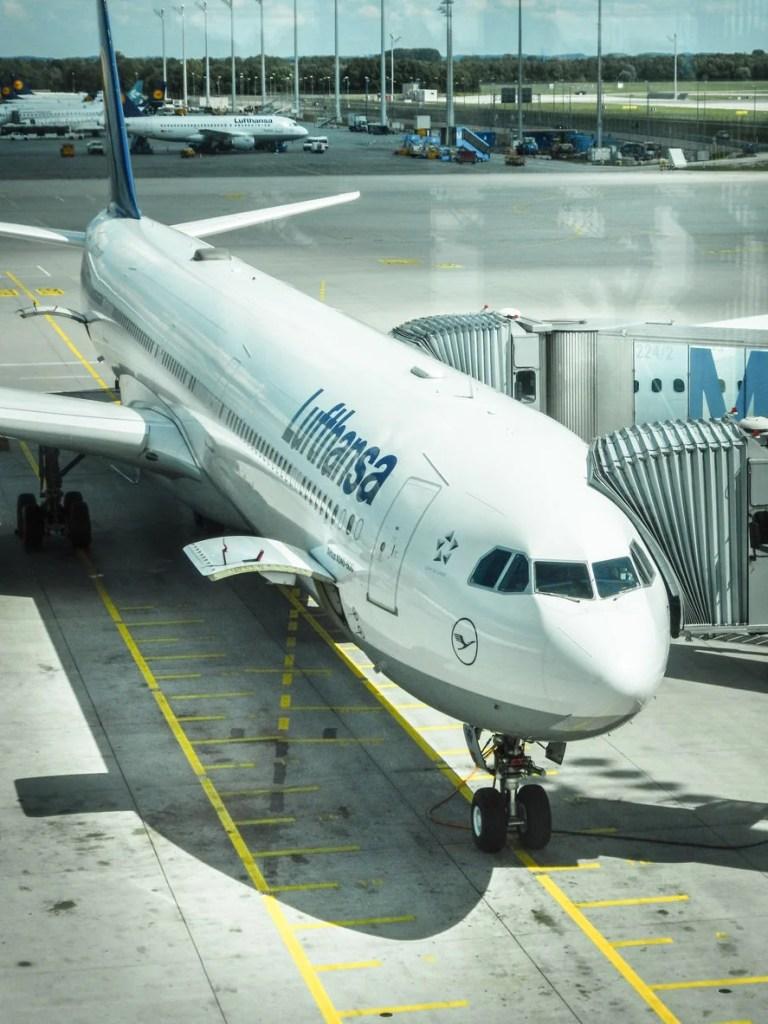 Lufthansa flight LH514 from Frankfurt, Germany arrived in cancun