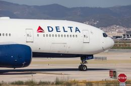 Delta Becomes First US Airline to Launch COVID Contact Tracing Program