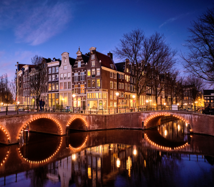 amsterdam beautiful canal houses europe