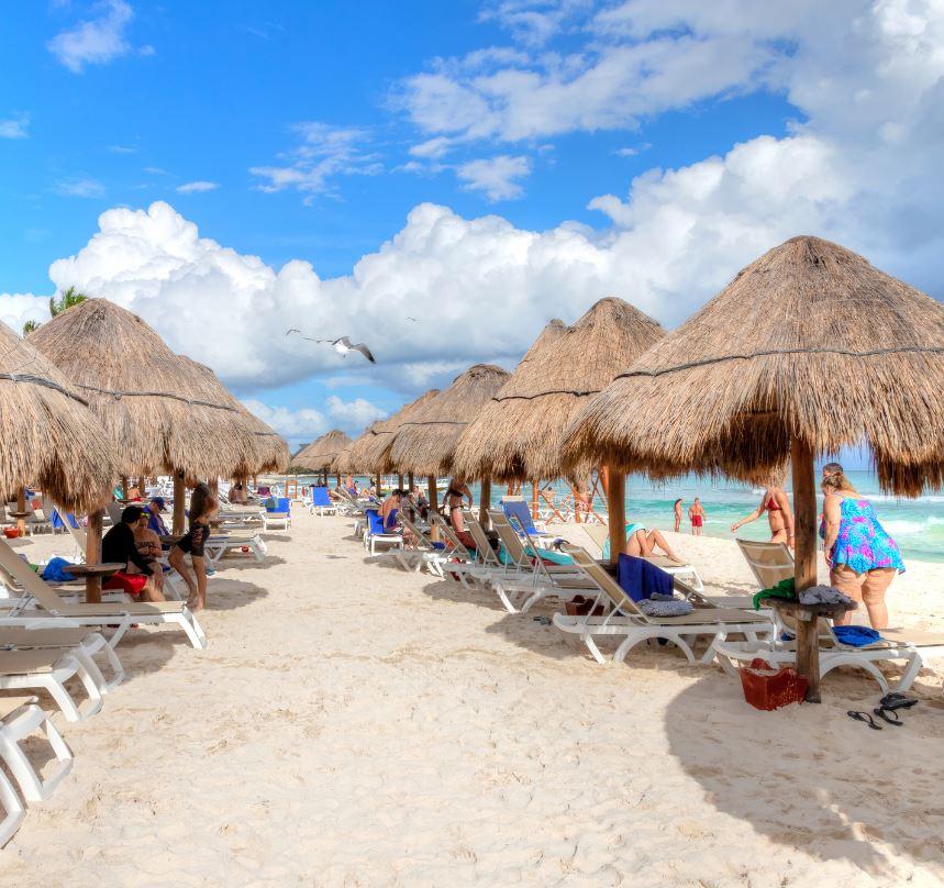 cancun beach chairs