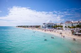 Cancun and Mexican Caribbean See 1 Million Tourists During Holidays