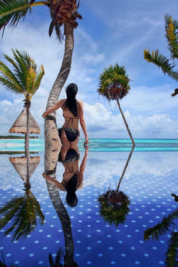 Playa Del Carmen Infitinty Pool and beach