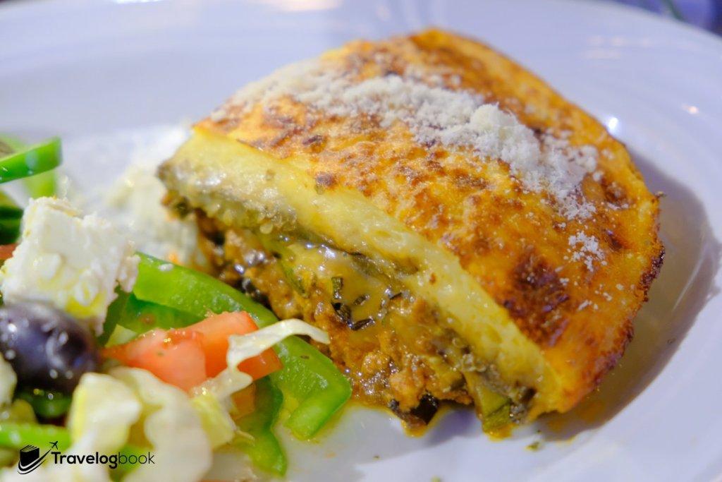 名物Moussaka加希臘沙律是Fixed menu套餐之一。12歐元