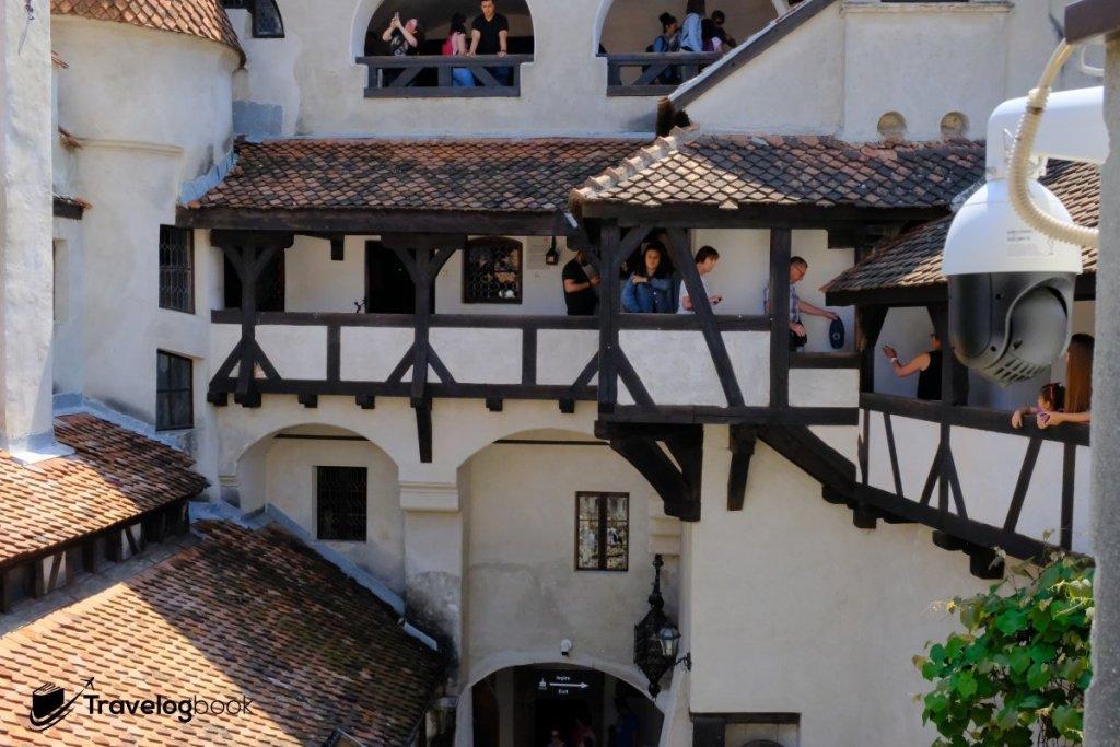 城堡內一隅。