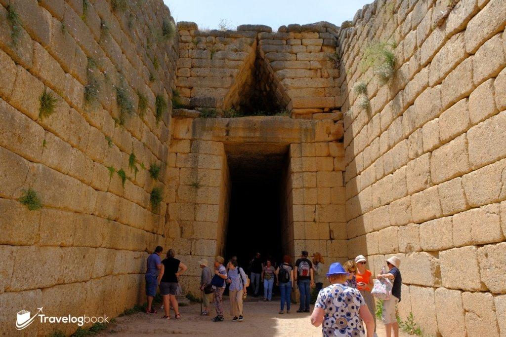 「Treasure of Atreus」的入口。