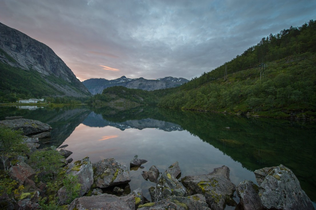 Morgens am Ringedalsvatnet