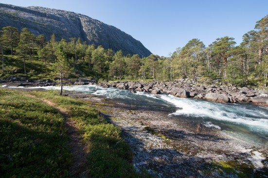 Am Nykkjesøy Wasserfall