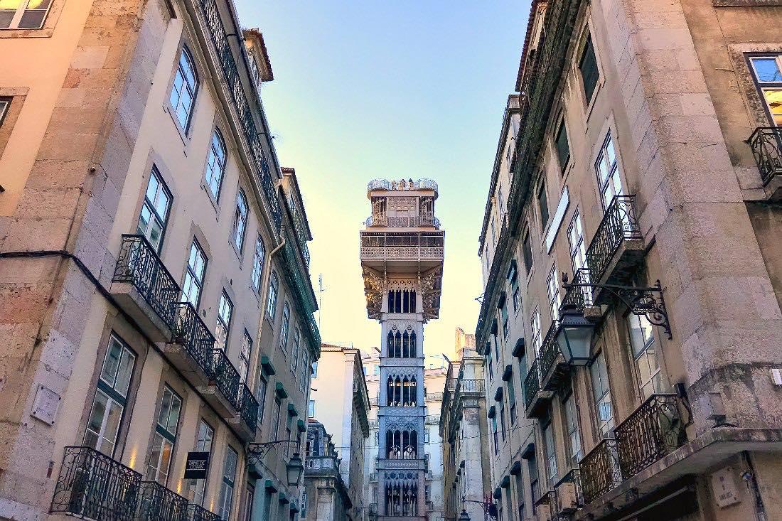 Lissabon in de winter: Elevador de Santa Justa